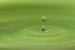 mindfulness stress reduction training green peaceful water droplet
